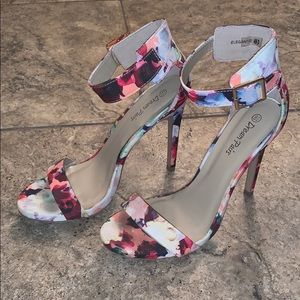 Floral heels with gold ankle buckle size 8.5